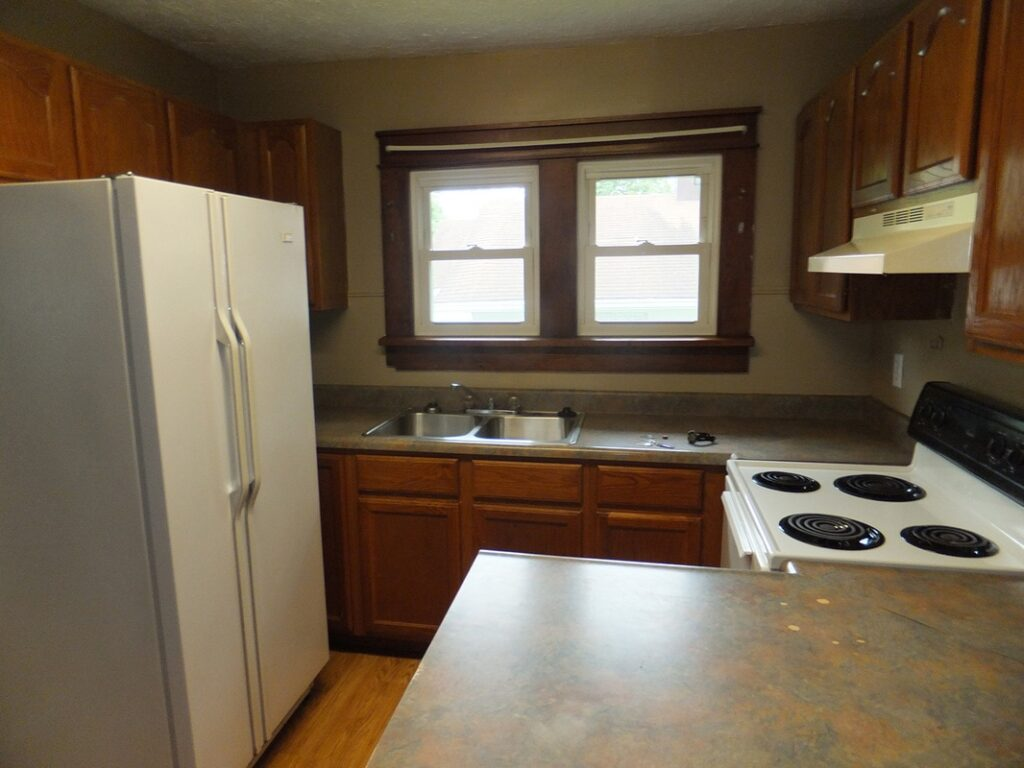 Apartment Rental - 205 S Clark Street, Bloomington Indiana